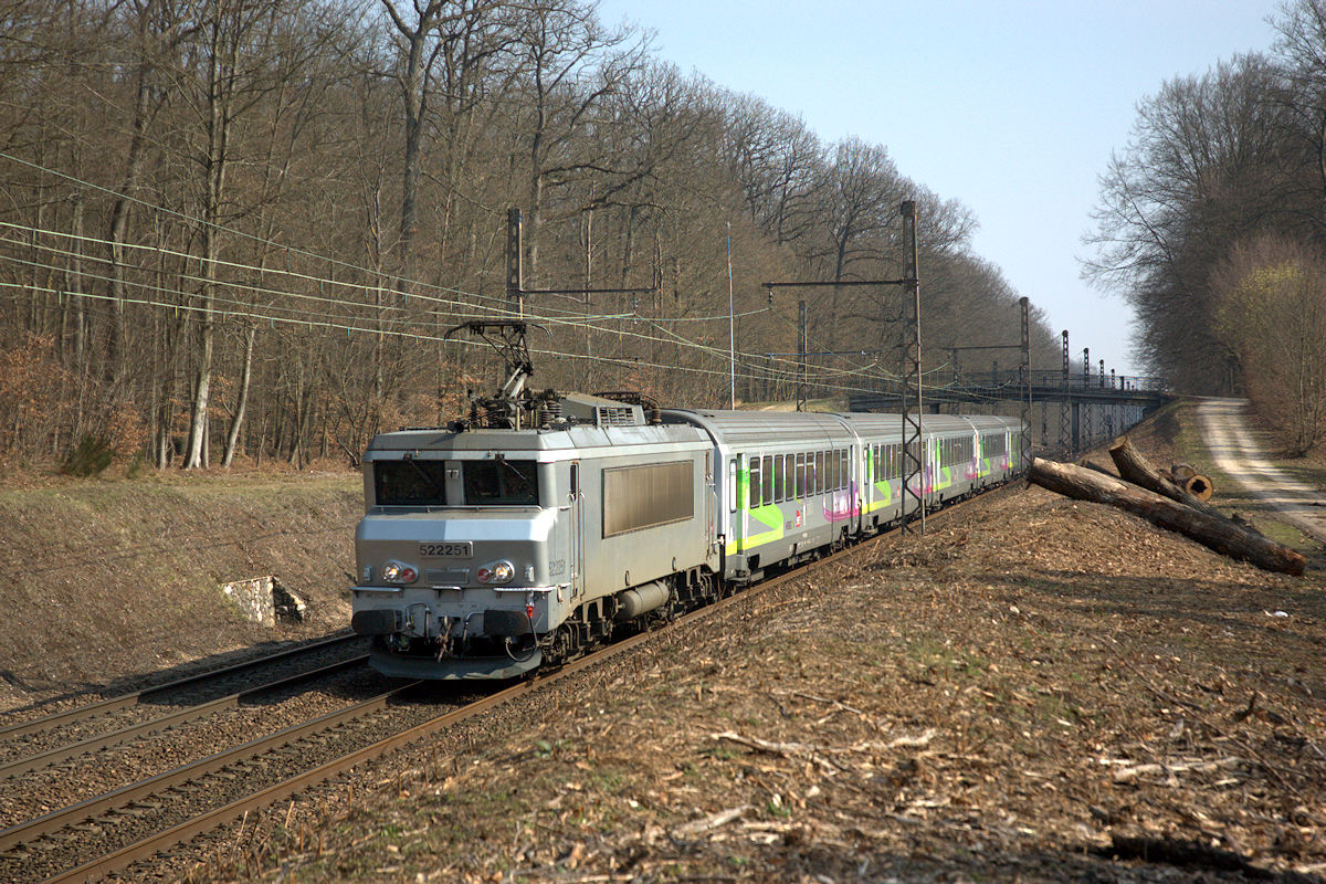 rail4402fr  Locomotives Polycourant  BB 2220122405